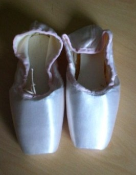 Continsouza Pointe Shoes