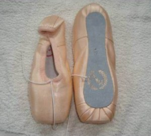 M&J Pointe Shoes