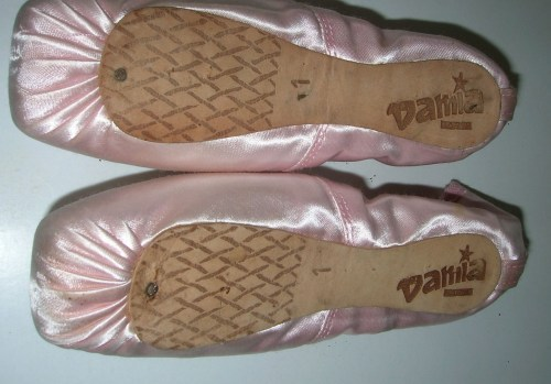 Damia pointe shoes