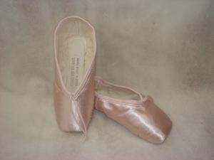 Sogei Toe Balance pointe shoes