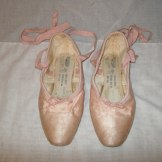 Sutorio de Maserejian pointe shoes