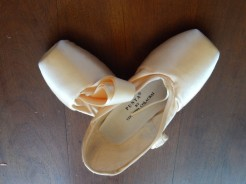 Edoardo Colacrai Pointe Shoes