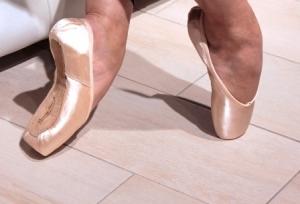 Dansez-Vous Margot Pointe Shoes