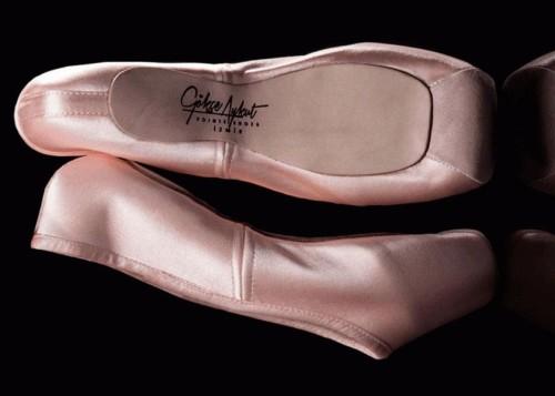 Gökçe Aykut Pointe Shoes